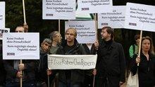 Protest vor der türkischen Botschaft