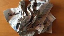 Zerknüllte Zeitungen