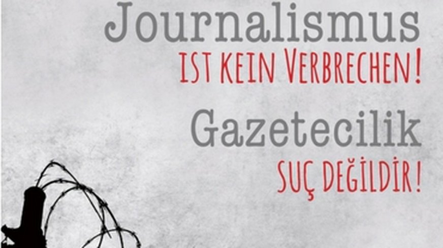 Journalismus ist kein Verbrechen. Postkartenmotiv für Aktion zur Unterstützung der verhafteten Journalisten in der Türkei