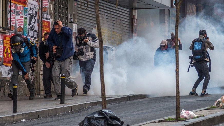 Istanbul, Tränengas auf Journalisten