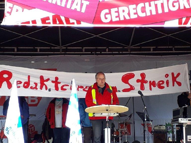 Frank Bell bei der Maikundgebung in Bielefeld