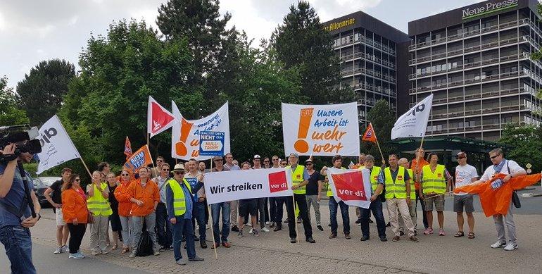 Streik vor dem Madsack-Gebäude in Hannover 4 6 2018